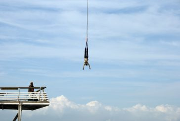 Bungy Jumping: Tips & Tricks For a Safe Jump